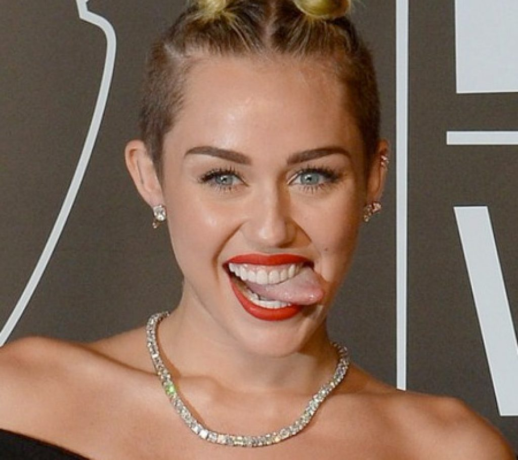Miley Cyrus schreibt einen Liebesbrief an Liam Hemsworth – Nehmen Sie mich züruck!