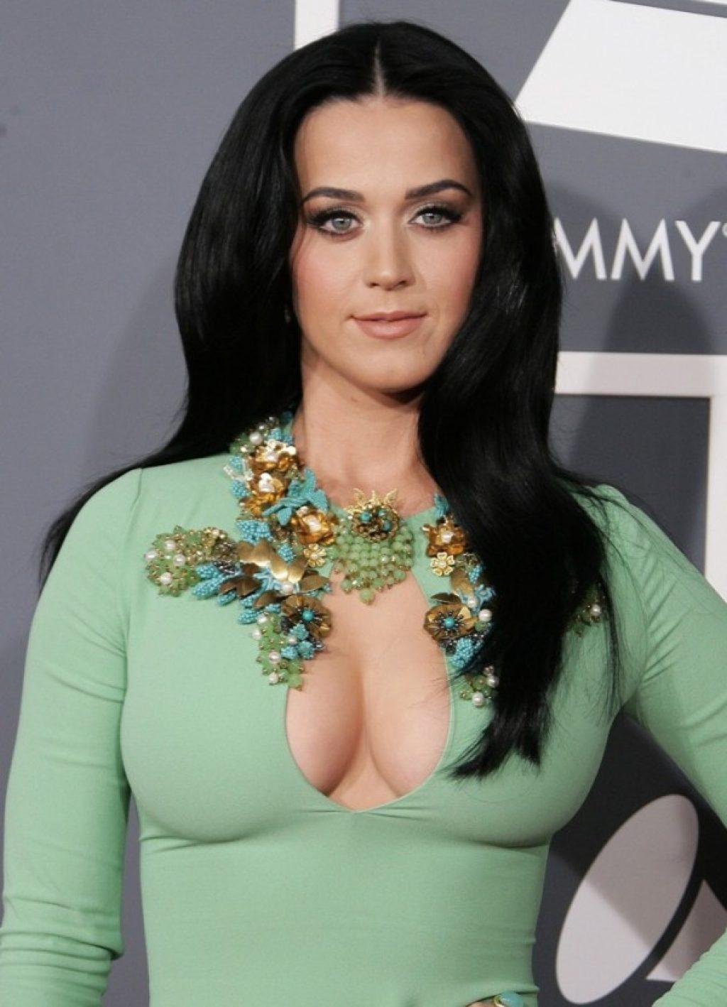 Zufrieden mit ihrem Körper: Katy Perry c/0 hadwallpapers3d.com