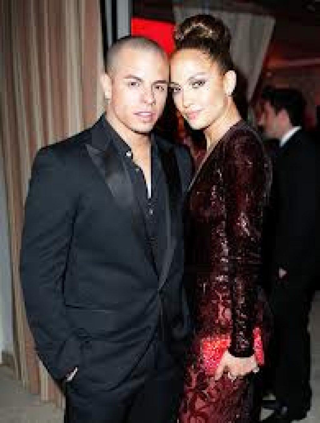 Führen offenbar die perfekte Beziehung: Caspar Smart und Jennifer Lopez c/o usmagazine.com