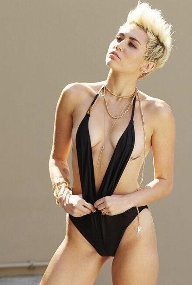 Ganz bestimmt kein Sexismus - Opfer: Miley Cyrus c/o mirror.co.uk