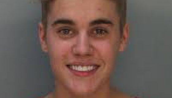 Ich bin im Knast und komm hier gleich raus: Justin Bieber c/o gofeminin.de
