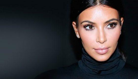 KUWTK: Kim Kardashian kämpft immer noch mit Körperbild Problemen