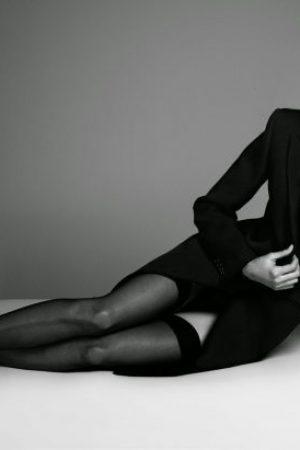 Claudia Schiffer signiert Kopien ihres neuen Buches in einer Tourveranstaltung in London