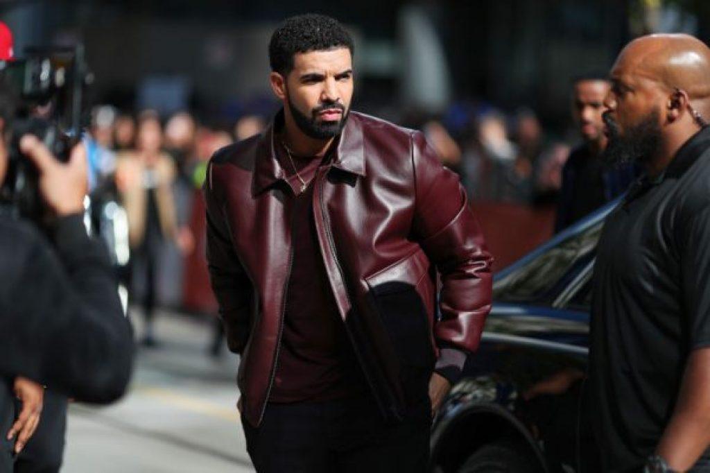 Drake verklagt Layla Lace über die Behauptung er hätte sie vergewaltigt und geschwängert