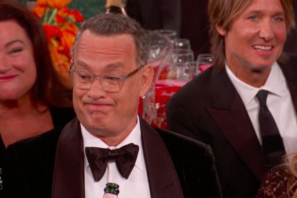 Tom Hanks gefiel Ricky Gervais' Golden Globes Eröffnungsmonolog nicht. Außerdem, sehen Sie die vollständige Liste der Gewinner.